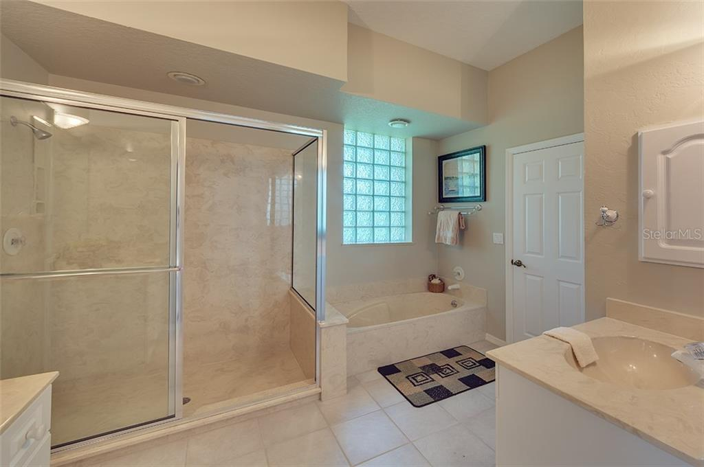 Casita/Pool bath. - Single Family Home for sale at 2972 Jeff Myers Cir, Sarasota, FL 34240 - MLS Number is A4424133