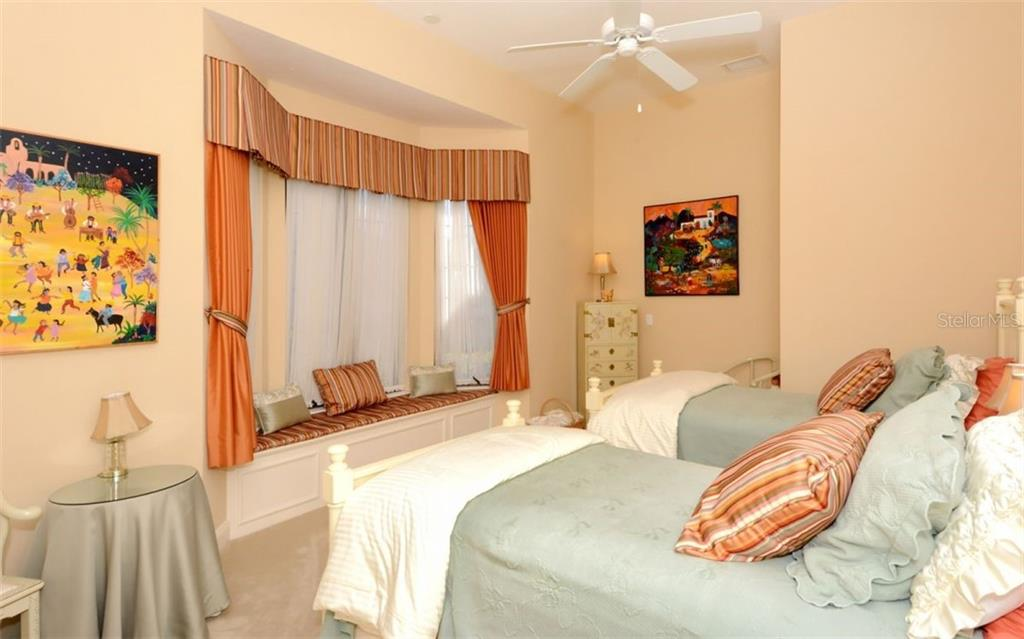 Guest suite on main level - Single Family Home for sale at 5331 Hunt Club Way, Sarasota, FL 34238 - MLS Number is A4424337