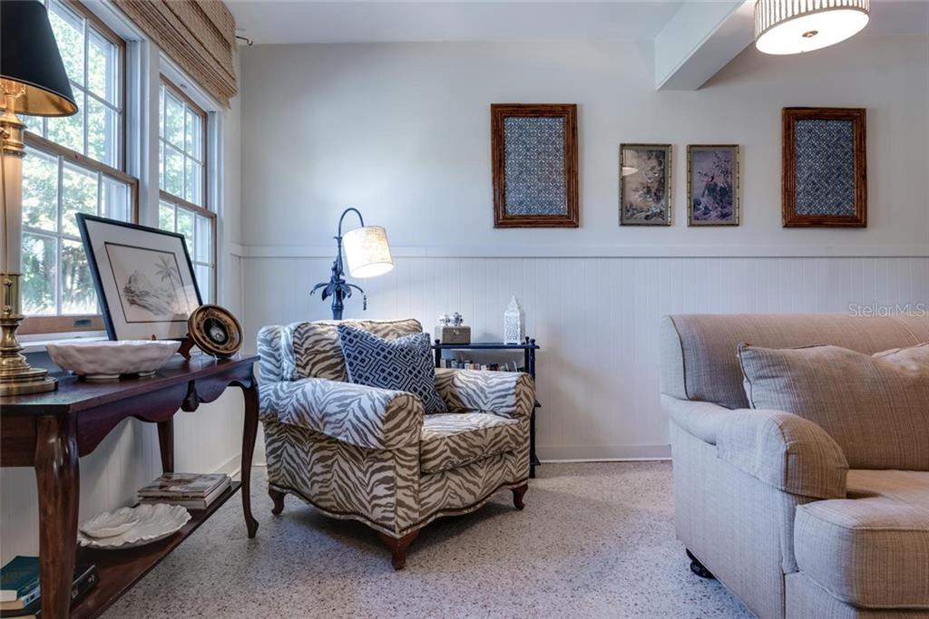 Sunny reading nook in family/great room - Single Family Home for sale at 422 Garfield Dr, Sarasota, FL 34236 - MLS Number is A4425287