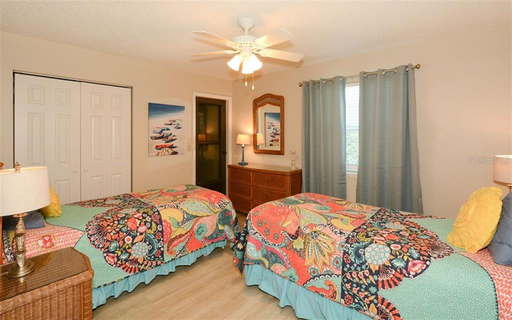 Extra bedroom for side 364 - Duplex/Triplex for sale at 364 E Canal Rd, Sarasota, FL 34242 - MLS Number is A4425762