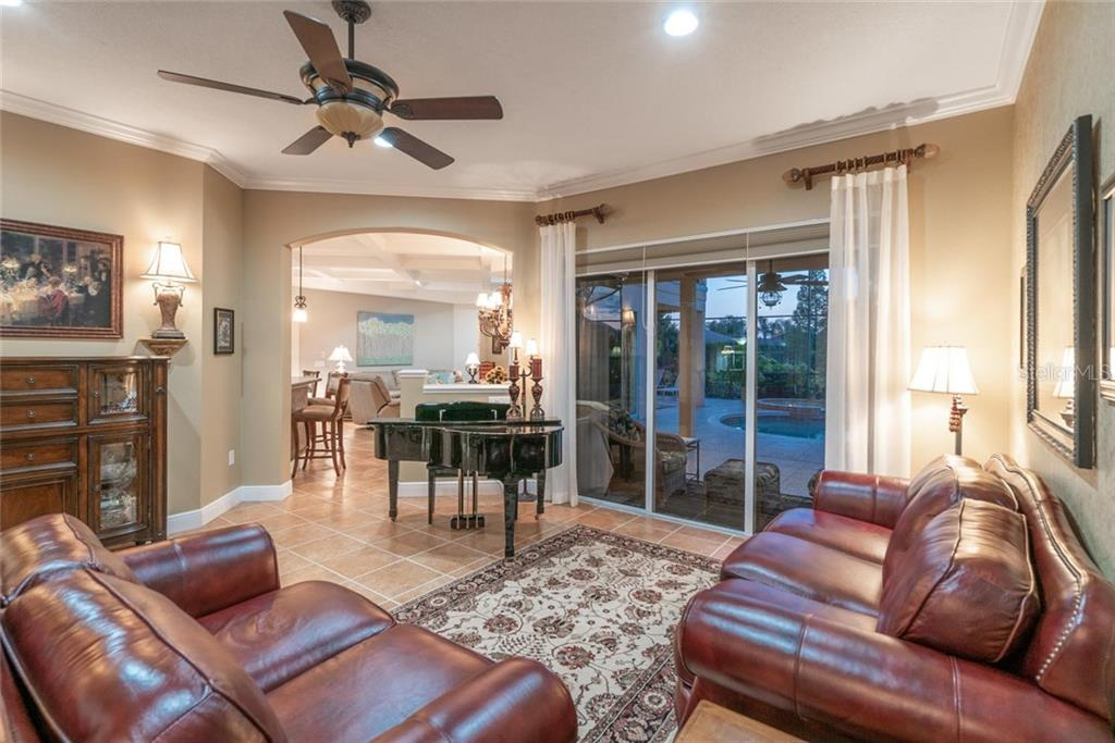 Single Family Home for sale at 6610 Coopers Hawk Ct, Lakewood Ranch, FL 34202 - MLS Number is A4428788