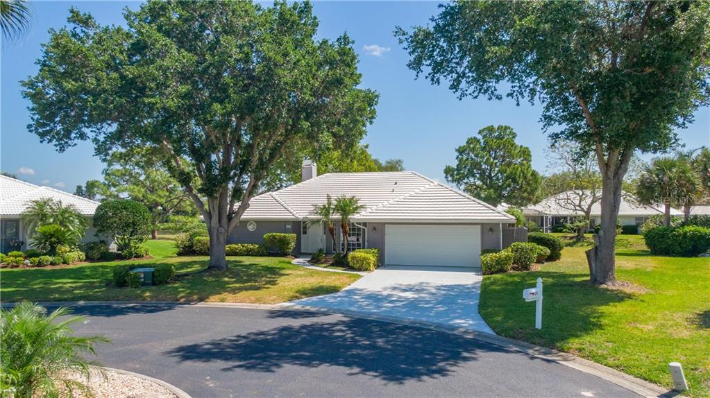 Single Family Home for sale at 524 Warwick Dr, Venice, FL 34293 - MLS Number is A4433387