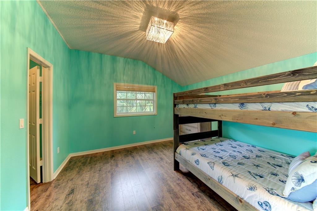 Bedroom 1 continued - Single Family Home for sale at 1202 N View Dr, Sarasota, FL 34242 - MLS Number is A4436092