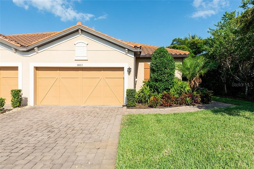 Villa for sale at 5803 Cavano Dr, Sarasota, FL 34231 - MLS Number is A4436827