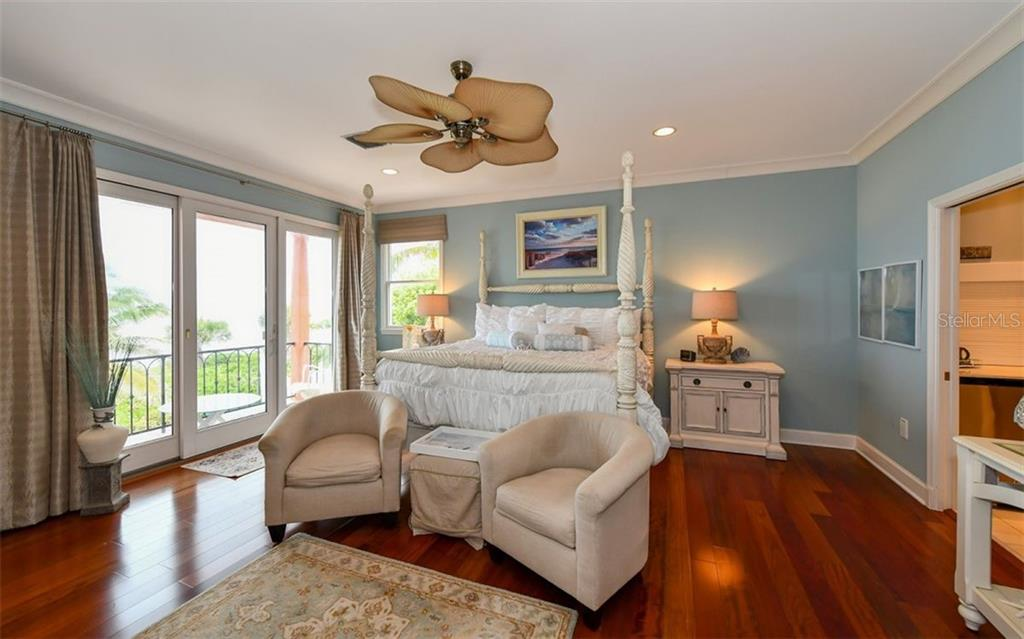 Master Bedroom - Single Family Home for sale at 3809 Casey Key Rd, Nokomis, FL 34275 - MLS Number is A4437924
