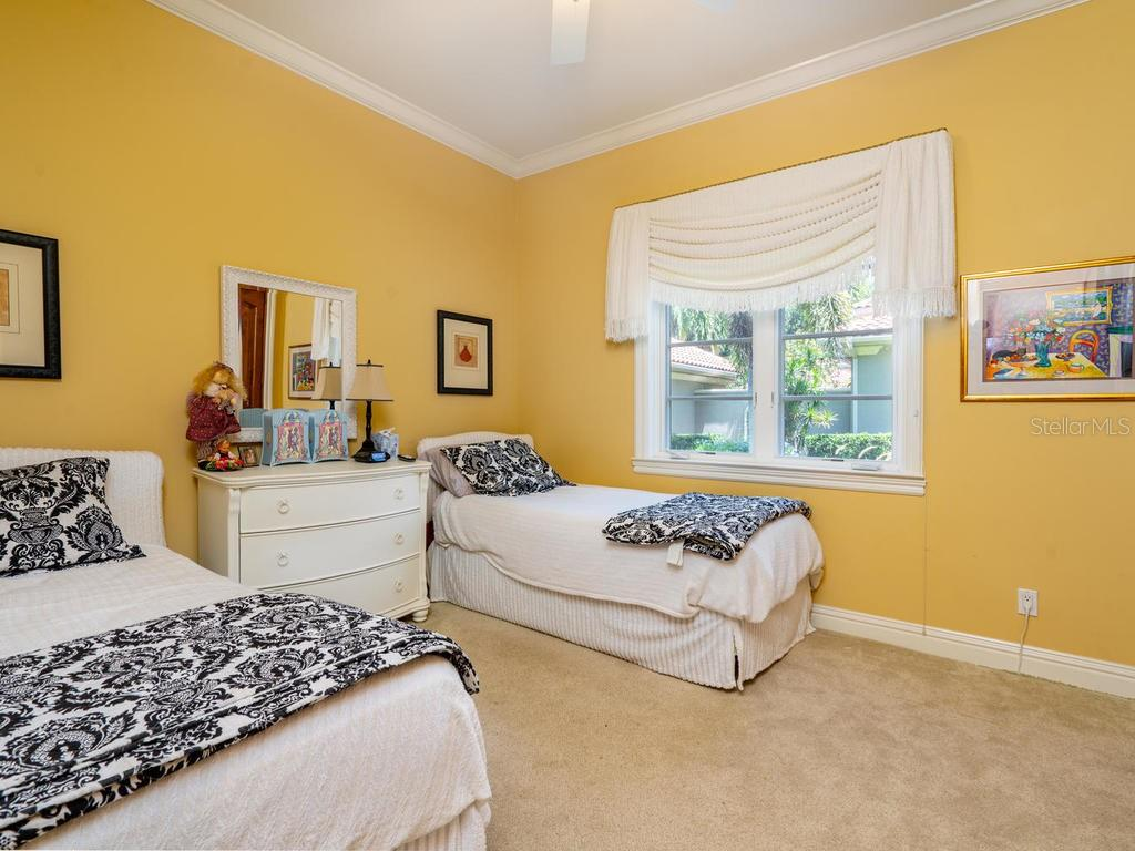 1st Floor Guest bedroom - Single Family Home for sale at 158 Puesta Del Sol, Osprey, FL 34229 - MLS Number is A4439362
