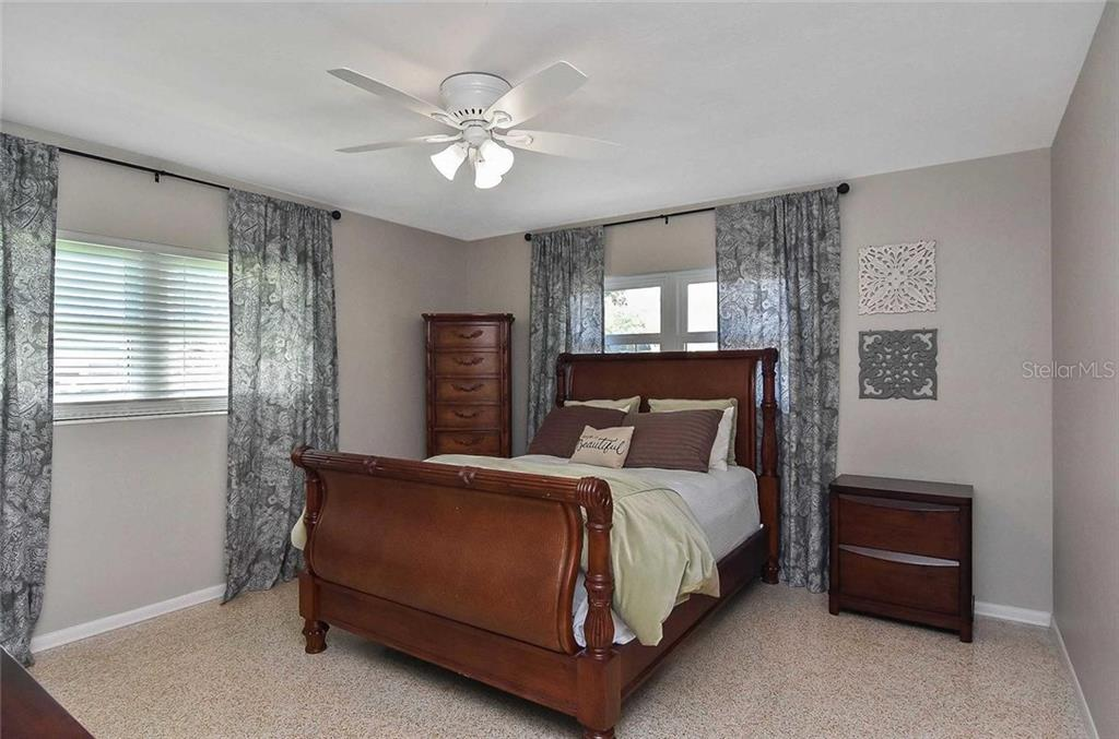 Bedroom 3 - Single Family Home for sale at 105 Alba St E, Venice, FL 34285 - MLS Number is A4446473