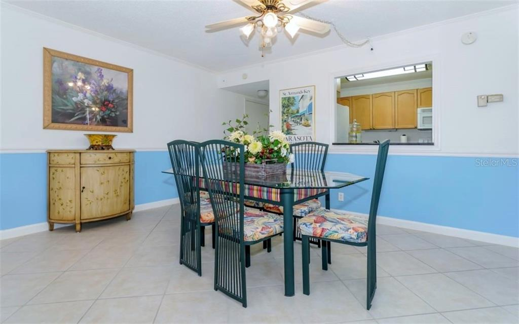 Dining Room - Condo for sale at 5855 Midnight Pass Rd #429, Sarasota, FL 34242 - MLS Number is A4446942
