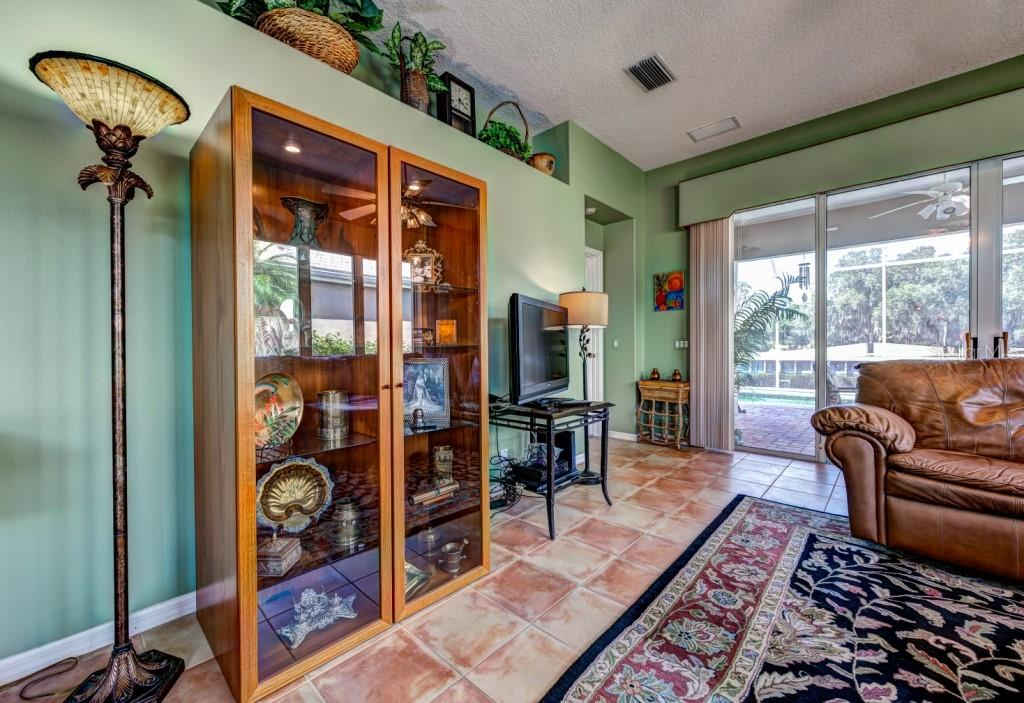 Perfect wall for audio/video/tv equipment or art. - Single Family Home for sale at 8727 53rd Ter E, Bradenton, FL 34211 - MLS Number is A4447005