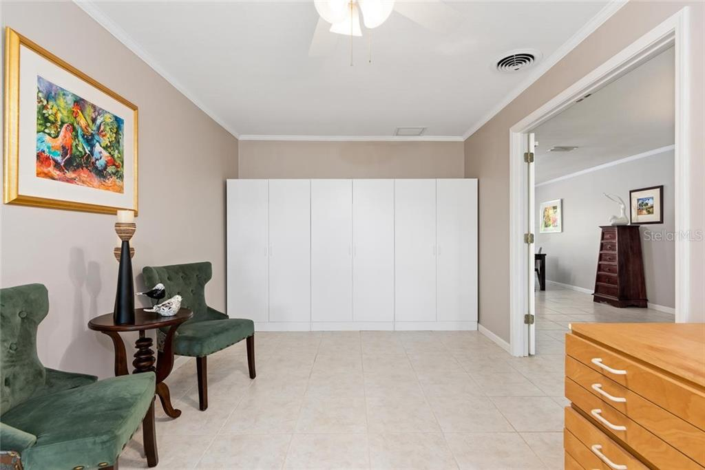 Master bedroom - Single Family Home for sale at 602 Baronet Ln, Holmes Beach, FL 34217 - MLS Number is A4447974
