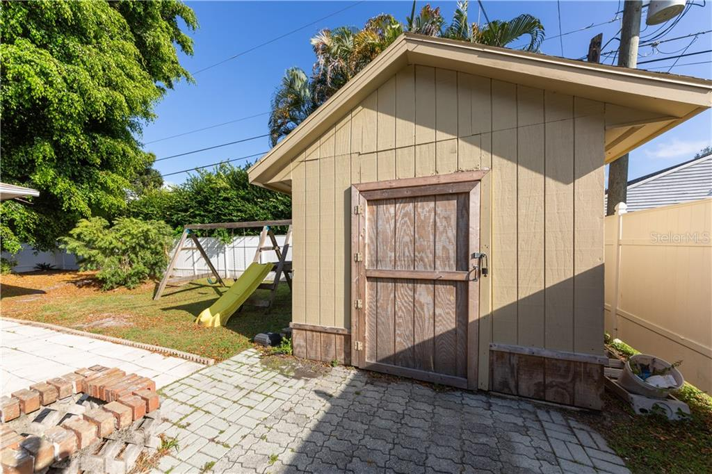 Storage shed - Duplex/Triplex for sale at 311 Coronado Rd, Venice, FL 34293 - MLS Number is A4449208