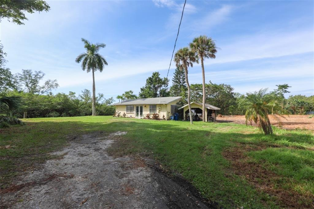 Single Family Home for sale at 5404 Coral Lake Dr, Bradenton, FL 34210 - MLS Number is A4451447