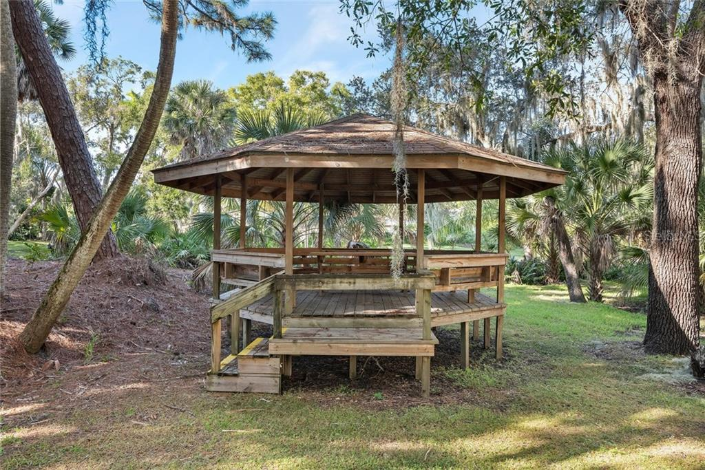 Community Gazebo - Condo for sale at 2731 Orchid Oaks Dr #301, Sarasota, FL 34239 - MLS Number is A4452031
