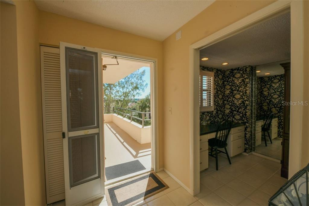 Condo for sale at 8735 Midnight Pass Rd #503b, Sarasota, FL 34242 - MLS Number is A4453207
