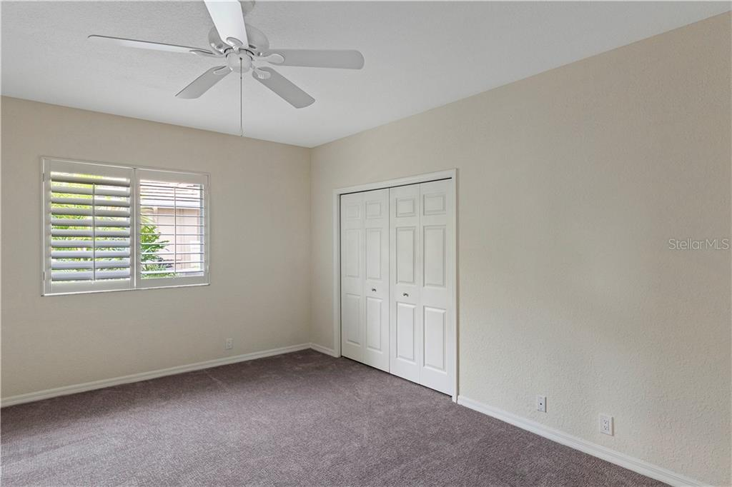 Single Family Home for sale at 4075 Escondito Cir, Sarasota, FL 34238 - MLS Number is A4453900