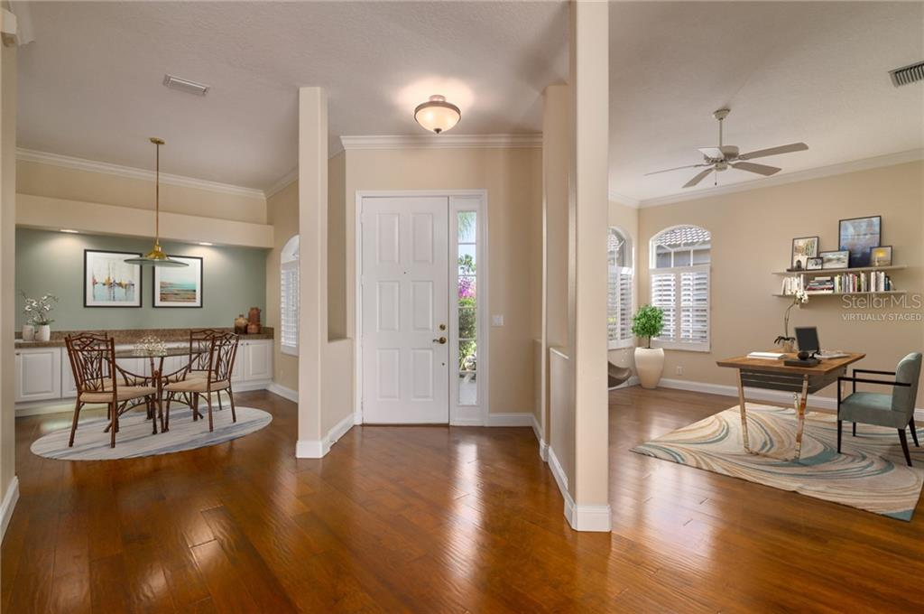Entry Virtually Staged - Villa for sale at 4560 Samoset Dr, Sarasota, FL 34241 - MLS Number is A4455487
