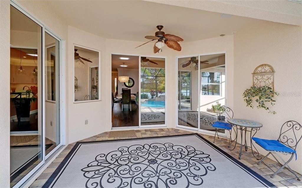 Covered lanai - Single Family Home for sale at 6510 Field Sparrow Gln, Lakewood Ranch, FL 34202 - MLS Number is A4457243