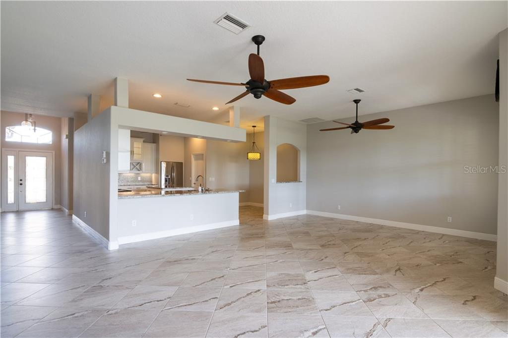 Villa for sale at 4509 Samoset Dr, Sarasota, FL 34241 - MLS Number is A4457743
