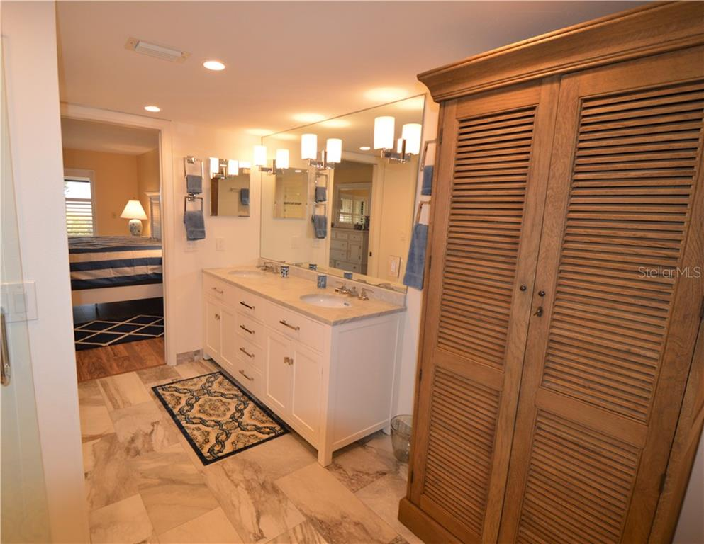 Master Bath - Condo for sale at 5635 Gulf Of Mexico Dr #102, Longboat Key, FL 34228 - MLS Number is A4458745