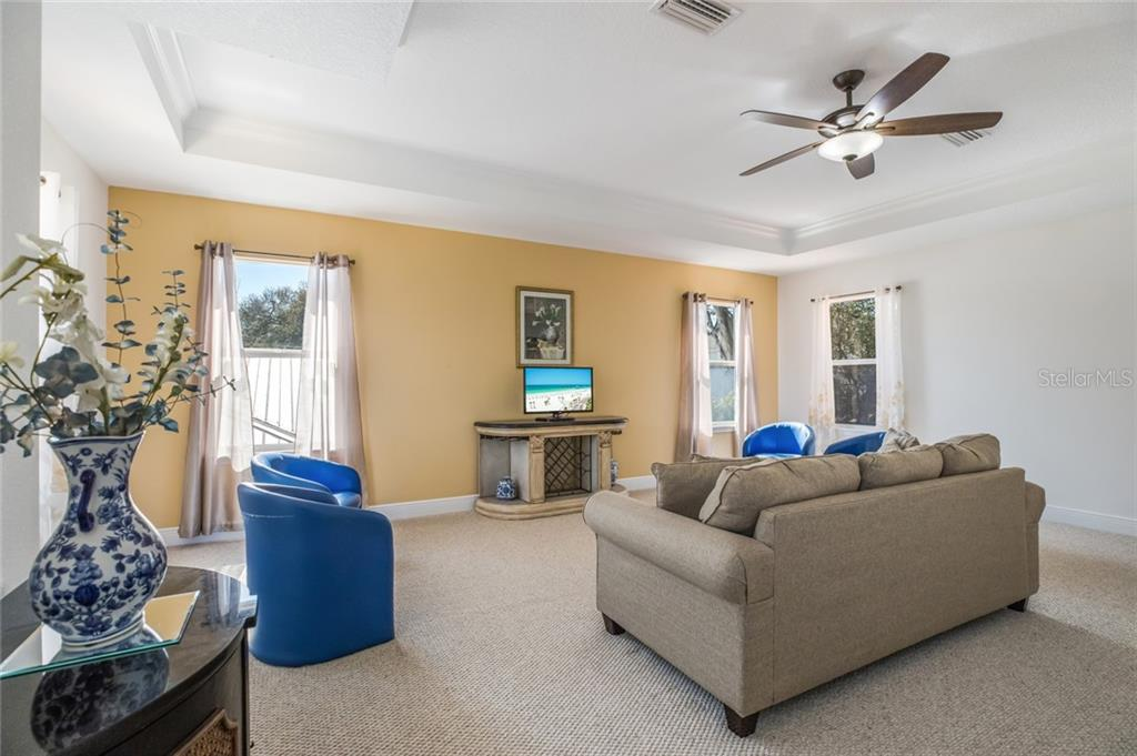 Single Family Home for sale at 1630 S School Ave, Sarasota, FL 34239 - MLS Number is A4458782