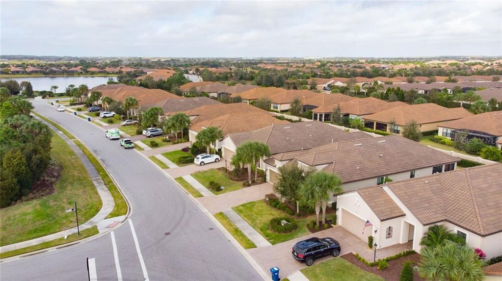 Single Family Home for sale at 13109 Palermo Dr, Bradenton, FL 34211 - MLS Number is A4458788