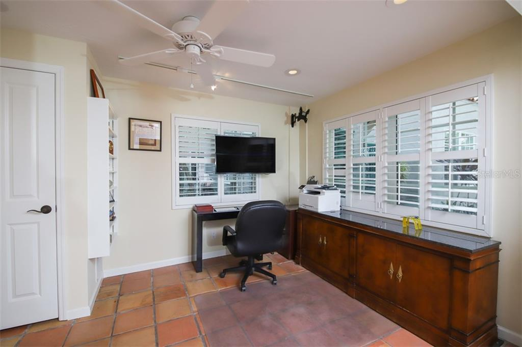 Downstairs guest house office - Single Family Home for sale at 3838 Flores Ave, Sarasota, FL 34239 - MLS Number is A4461669