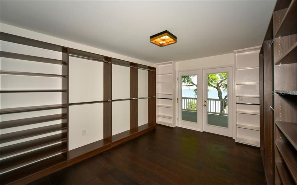 Master Walk-In Closet - Single Family Home for sale at 4700 Riverview Blvd, Bradenton, FL 34209 - MLS Number is A4462708