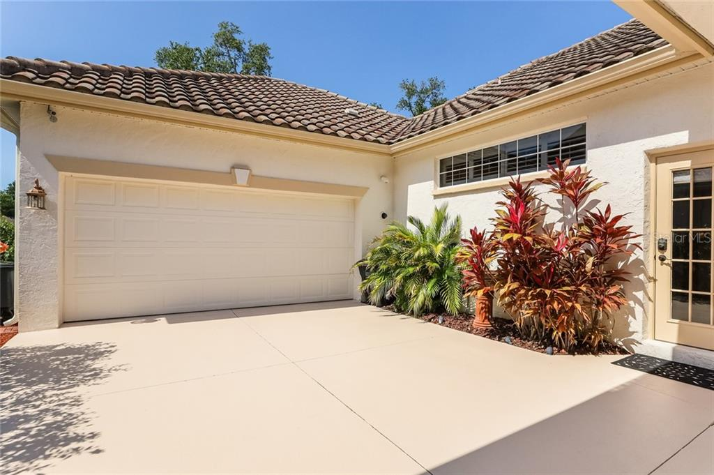 Single Family Home for sale at 4523 Barracuda Dr, Bradenton, FL 34208 - MLS Number is A4463826