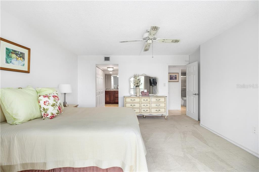 Condo for sale at 707 S Gulfstream Ave #203, Sarasota, FL 34236 - MLS Number is A4464387