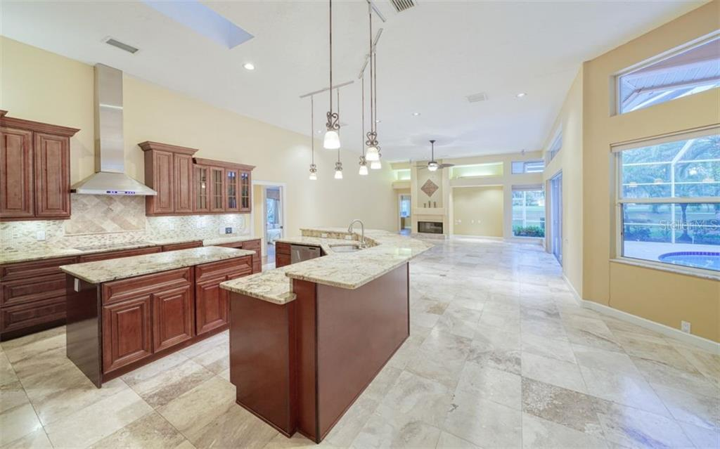 Single Family Home for sale at 3159 Dick Wilson Dr, Sarasota, FL 34240 - MLS Number is A4479257