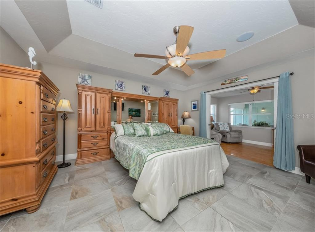 Master bedroom - Single Family Home for sale at 1395 Bayshore Dr, Englewood, FL 34223 - MLS Number is A4480508