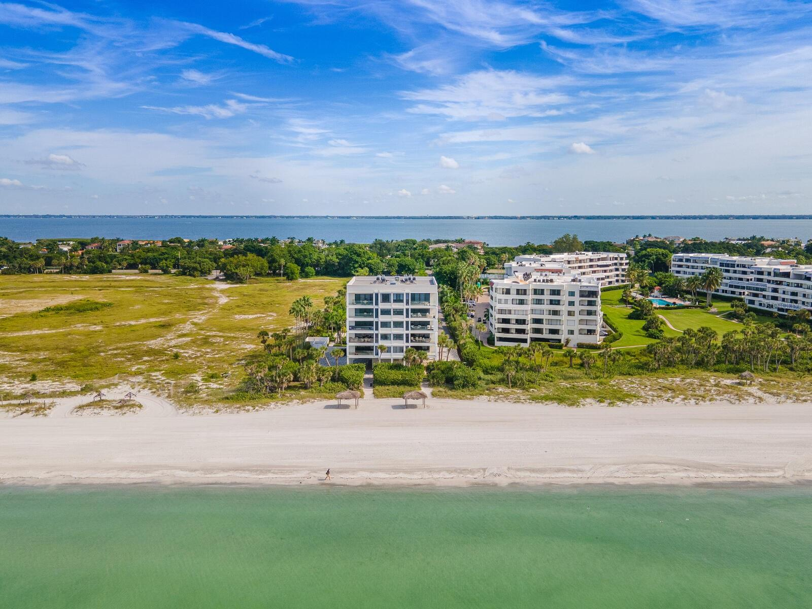 Condo for sale at 1511 Gulf Of Mexico Dr #202, Longboat Key, FL 34228 - MLS Number is A4481414