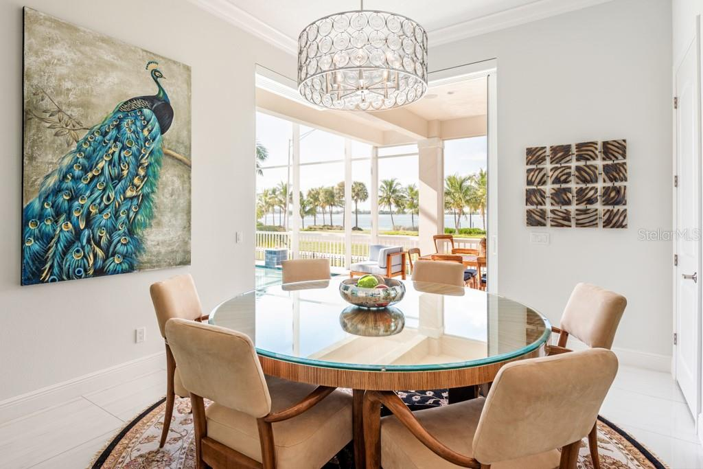 Dinning Area Off Kitchen With A View - Single Family Home for sale at 121 Seagull Ln, Sarasota, FL 34236 - MLS Number is A4483951