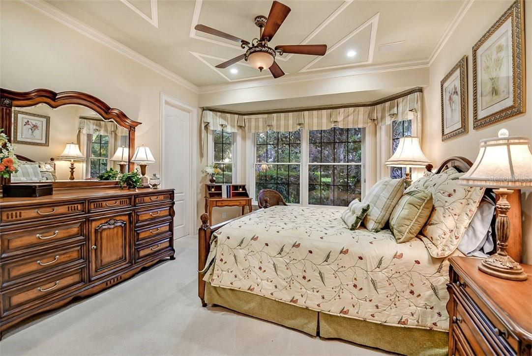 GUEST ROOM -1- BIG QUEEN BED, DRESSER, WRITING DESK, CUSTOM CLOSET, ENSUITE 3/4 BATH - Single Family Home for sale at 8263 Archers Ct, Sarasota, FL 34240 - MLS Number is A4483993