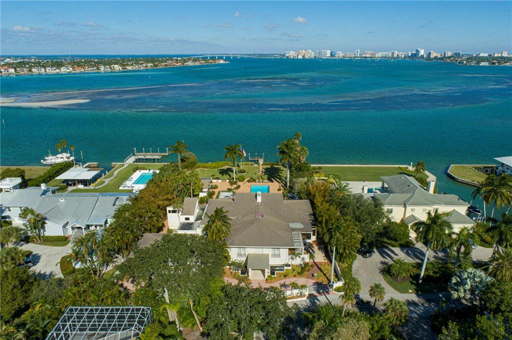 Single Family Home for sale at 539 Norsota Way, Sarasota, FL 34242 - MLS Number is A4485407