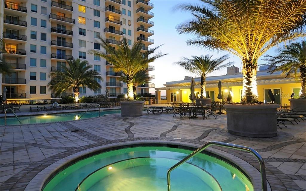 Fitness center - Condo for sale at 800 N Tamiami Trl #1007, Sarasota, FL 34236 - MLS Number is A4485565