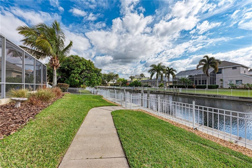 Single Family Home for sale at 4608 Blue Marlin Dr, Bradenton, FL 34208 - MLS Number is A4488160