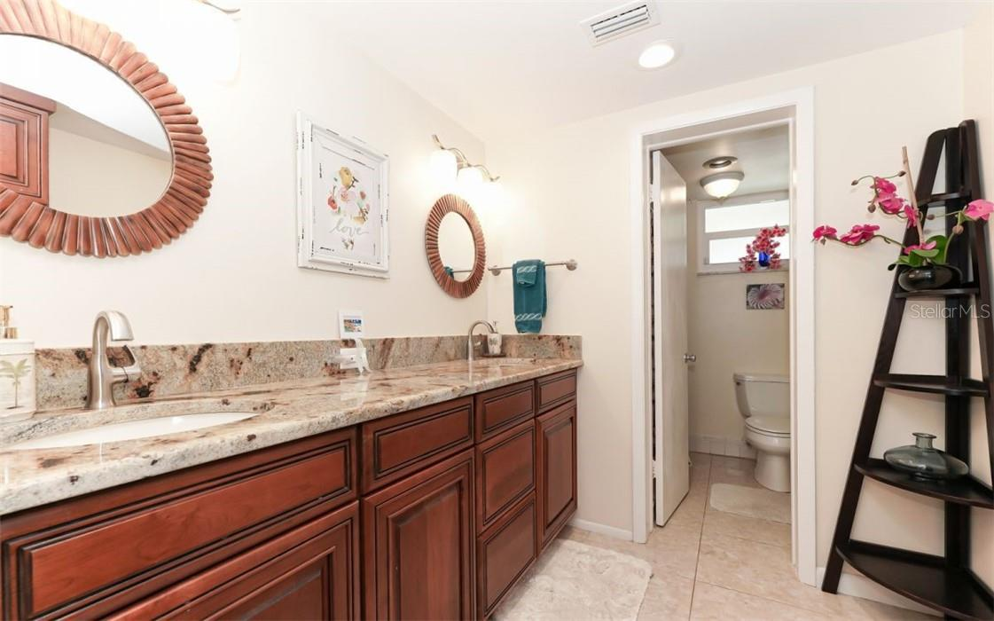 Condo for sale at 4320 Falmouth Dr #B102, Longboat Key, FL 34228 - MLS Number is A4494621
