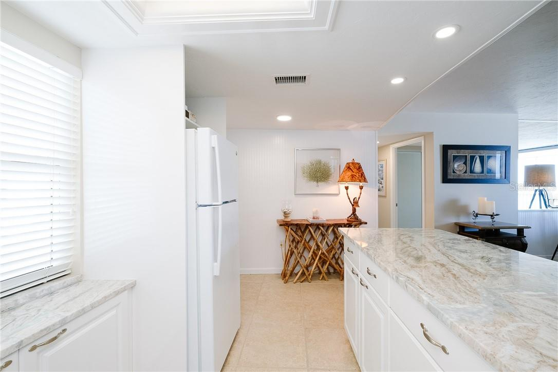 Kitchen - Condo for sale at 6300 Midnight Pass Rd #701, Sarasota, FL 34242 - MLS Number is A4496847