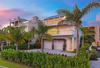 373 Benjamin Franklin Dr, Sarasota, FL 34236
