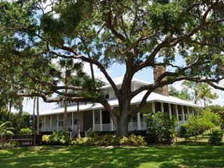 3615 Hidden River Rd, Sarasota, FL 34240