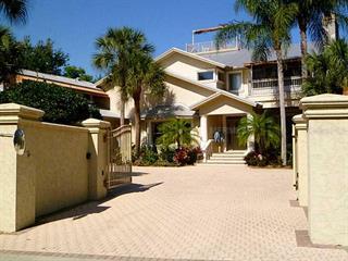 690 Casey Key Rd, Nokomis, FL 34275