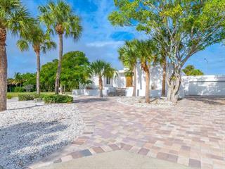 105 Seagull Ln, Sarasota, FL 34236
