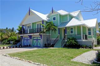 305 74th St, Holmes Beach, FL 34217