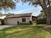 3716 Glen Oaks Manor Dr, Sarasota, FL 34232