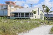 Single Family Home for sale at 680 Beach Rd, Sarasota, FL 34242 - MLS Number is A4190403