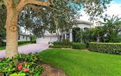 2496 Farms Ct, Sarasota, FL 34240