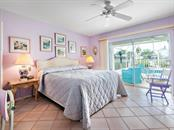 Master suite - Single Family Home for sale at 422 Meadow Lark Dr, Sarasota, FL 34236 - MLS Number is A4410562