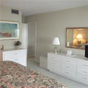 master bedroom - Condo for sale at 1125 W Peppertree Dr #603, Sarasota, FL 34242 - MLS Number is A4430690