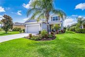 Single Family Home for sale at 12255 Longview Lake Cir, Lakewood Ranch, FL 34211 - MLS Number is A4439342